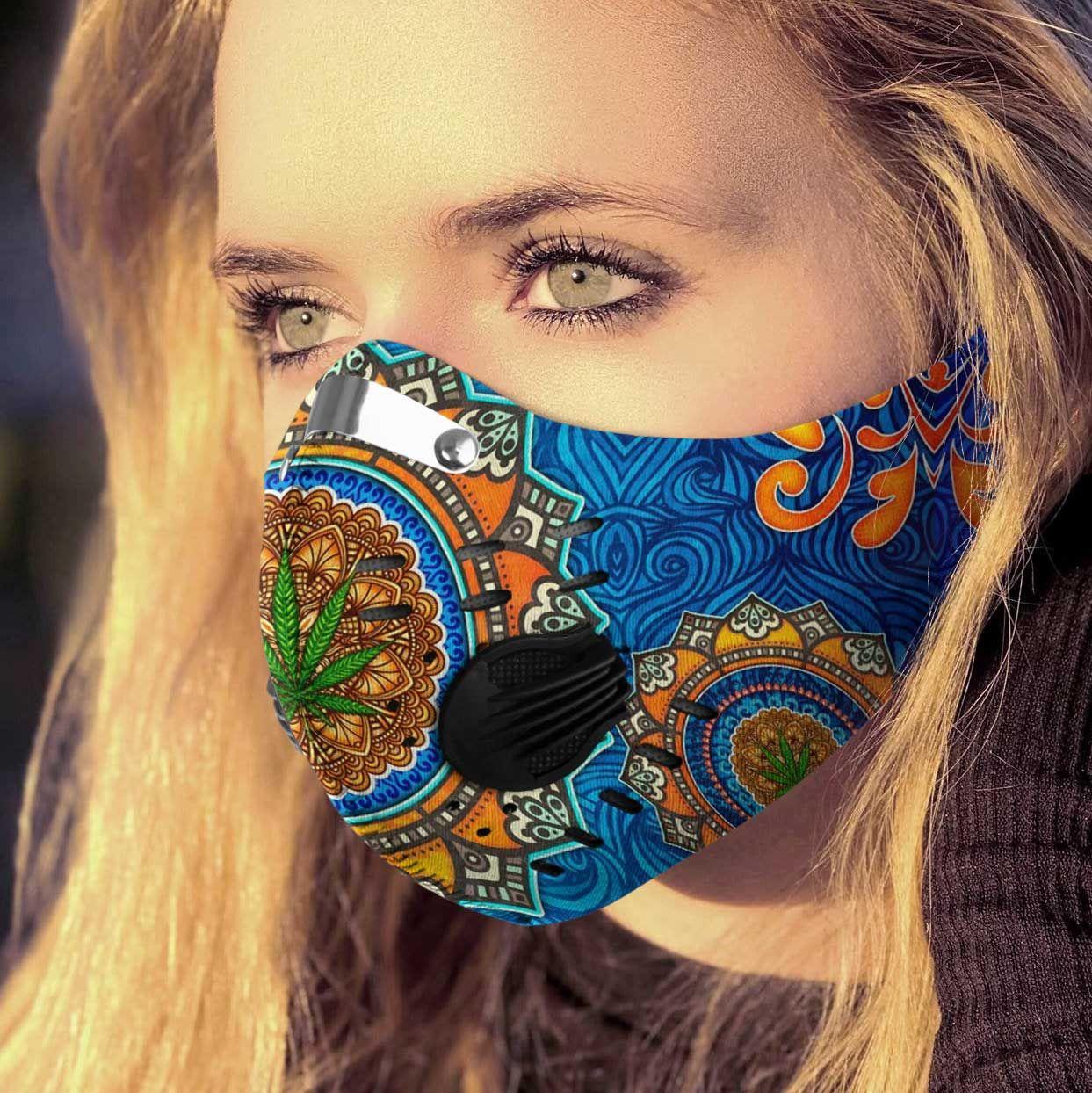 Cannabis fantasy world carbon pm 2,5 face mask 3