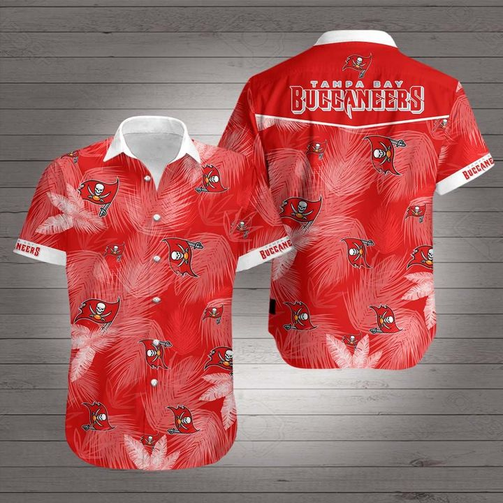 Tampa bay buccaneers team hawaiian shirt 2