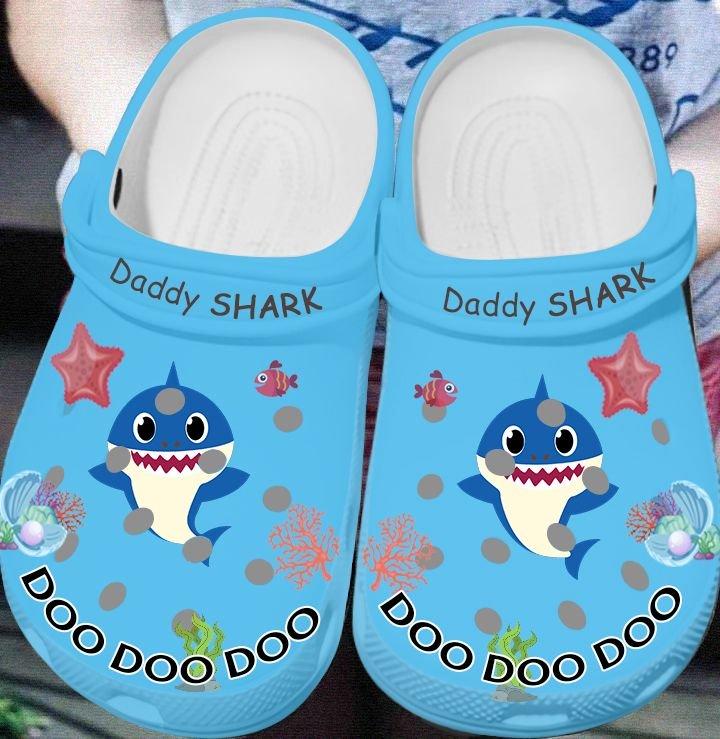 daddy shark doo doo doo crocs 1