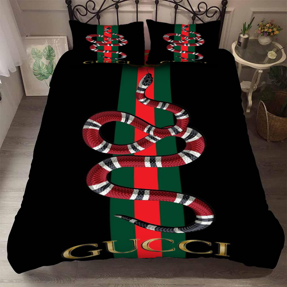gucci with snake symbol bedding set 3