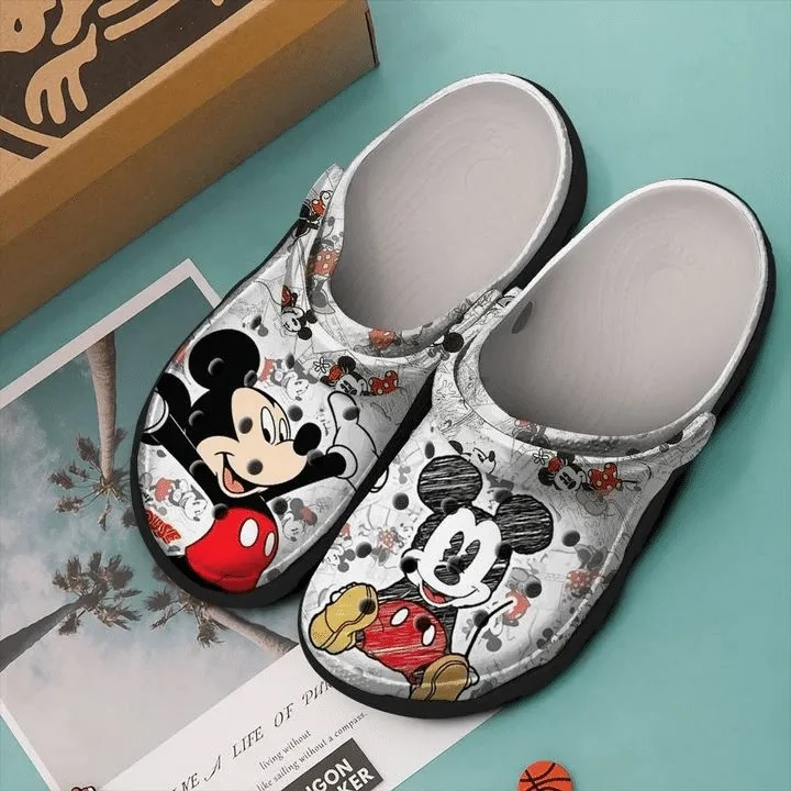 mickey mouse painting crocs 1