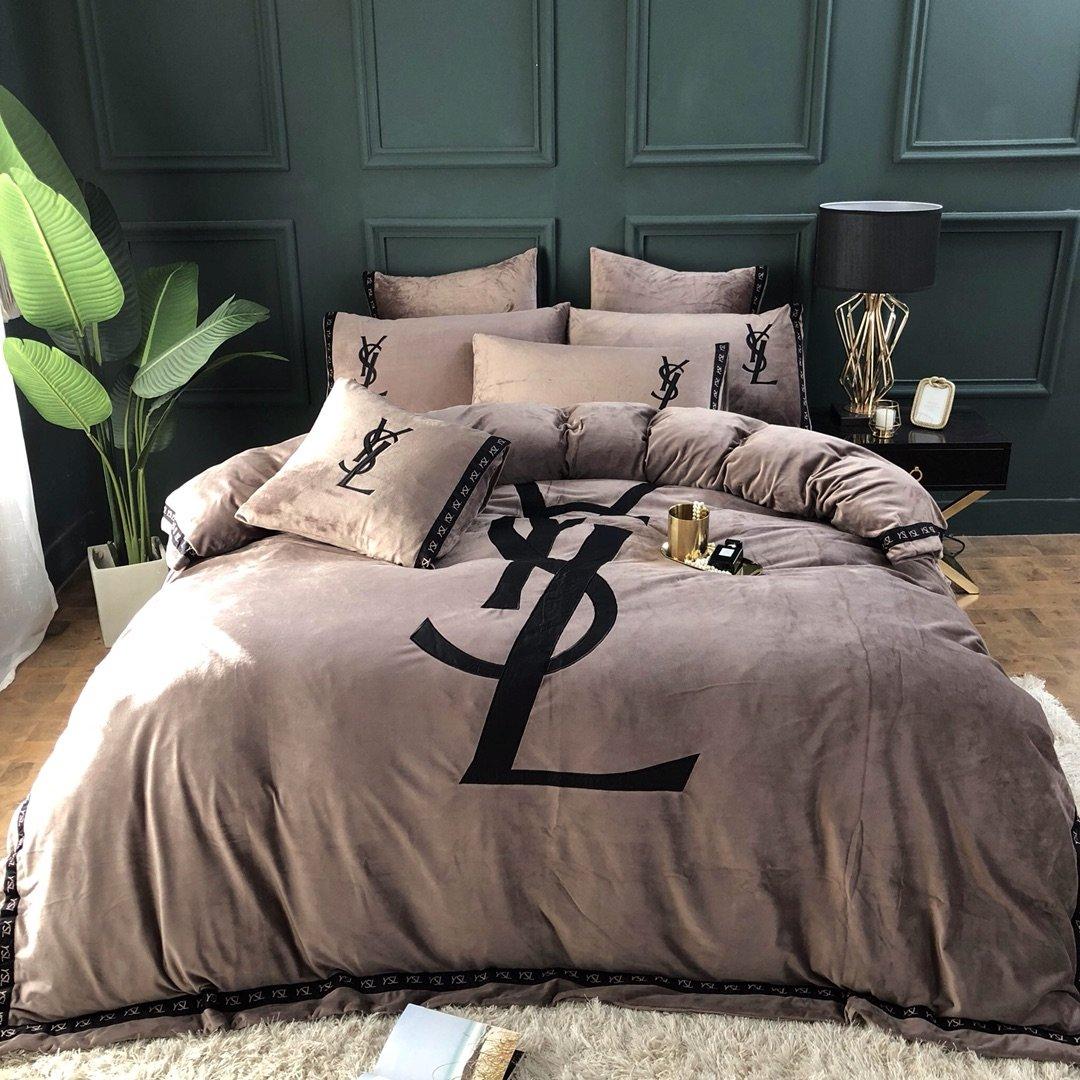 soft pink yves saint laurent bedding set 4