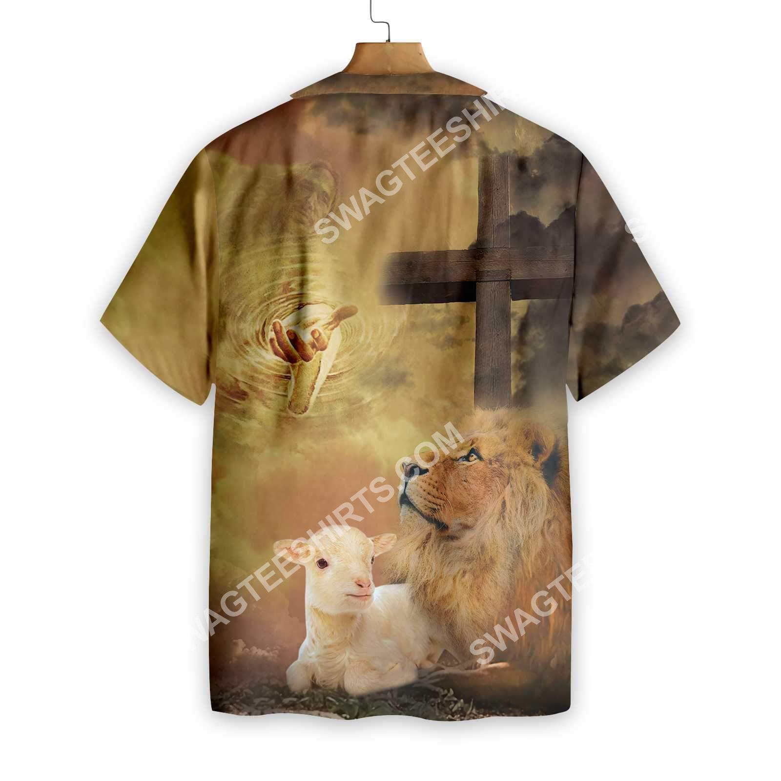 God let your faith be bigger than your fear all over printed hawaiian shirt 2(1)