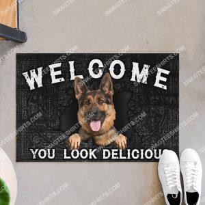 german shepherd welcome you look delicious doormat 3(1)