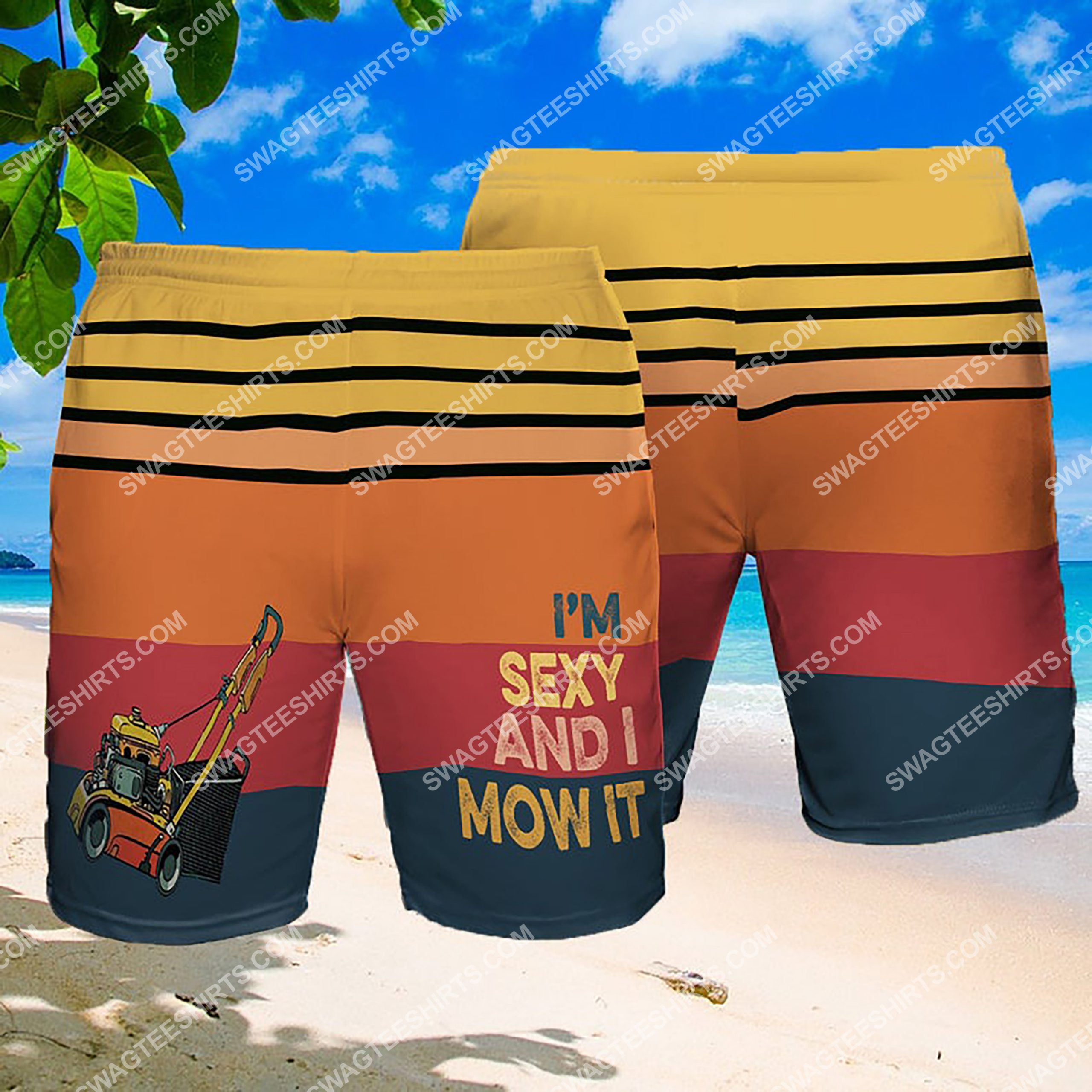 i'm sexy and i mow it summer beach shorts 2(1)