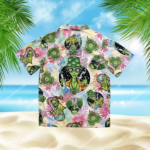 summer time tropical alien cannabis all over print hawaiian shirt 3(1)
