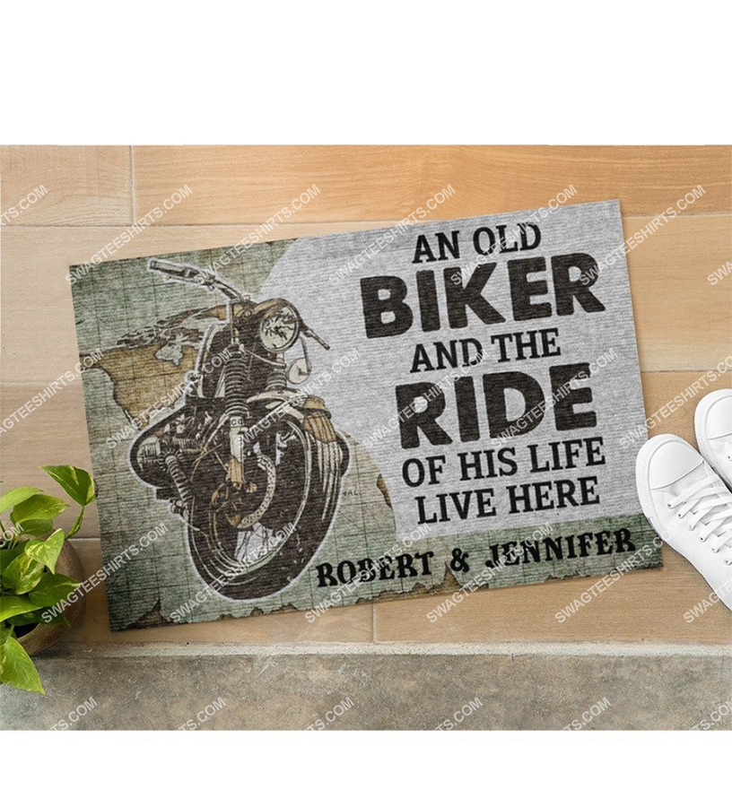 custom name an old biker and the ride of his life live here doormat 5(1)