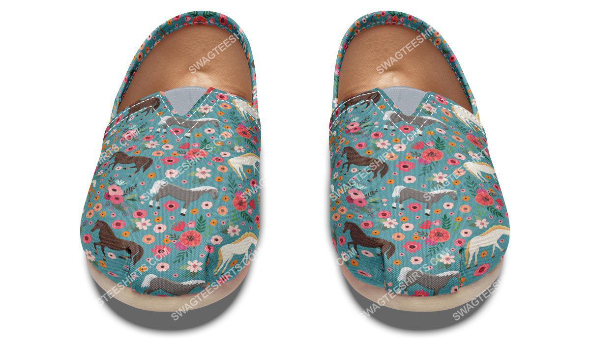 flower and horses lover all over printed toms shoes 2(1)