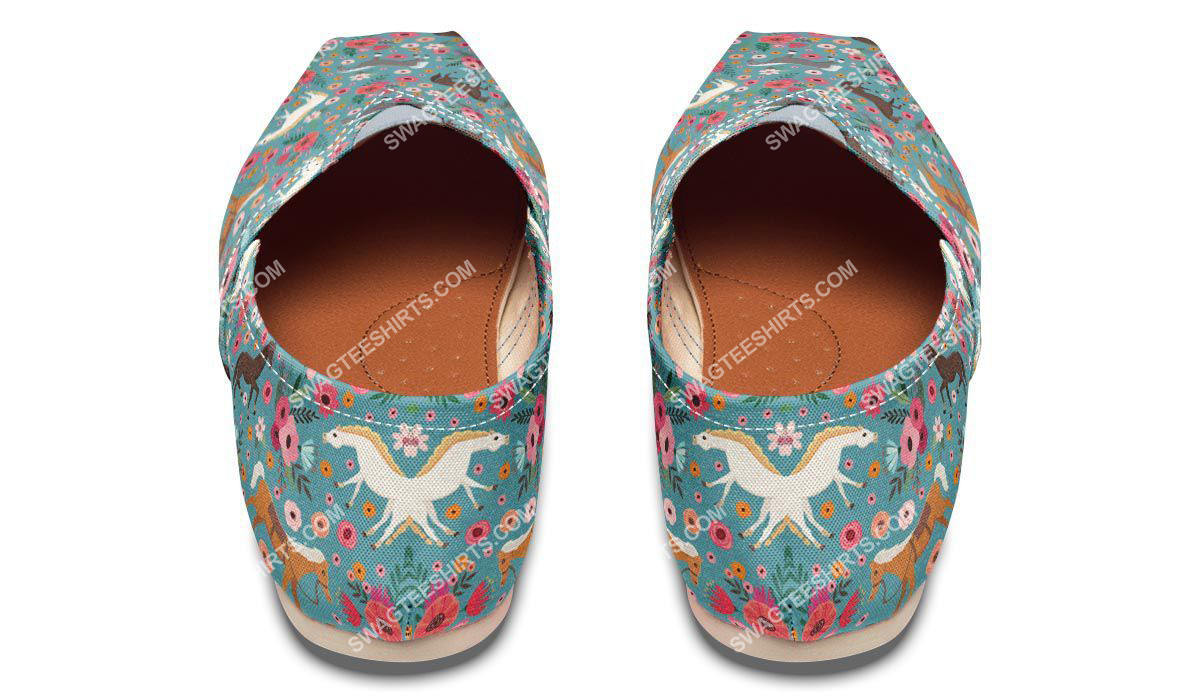 flower and horses lover all over printed toms shoes 3(1)