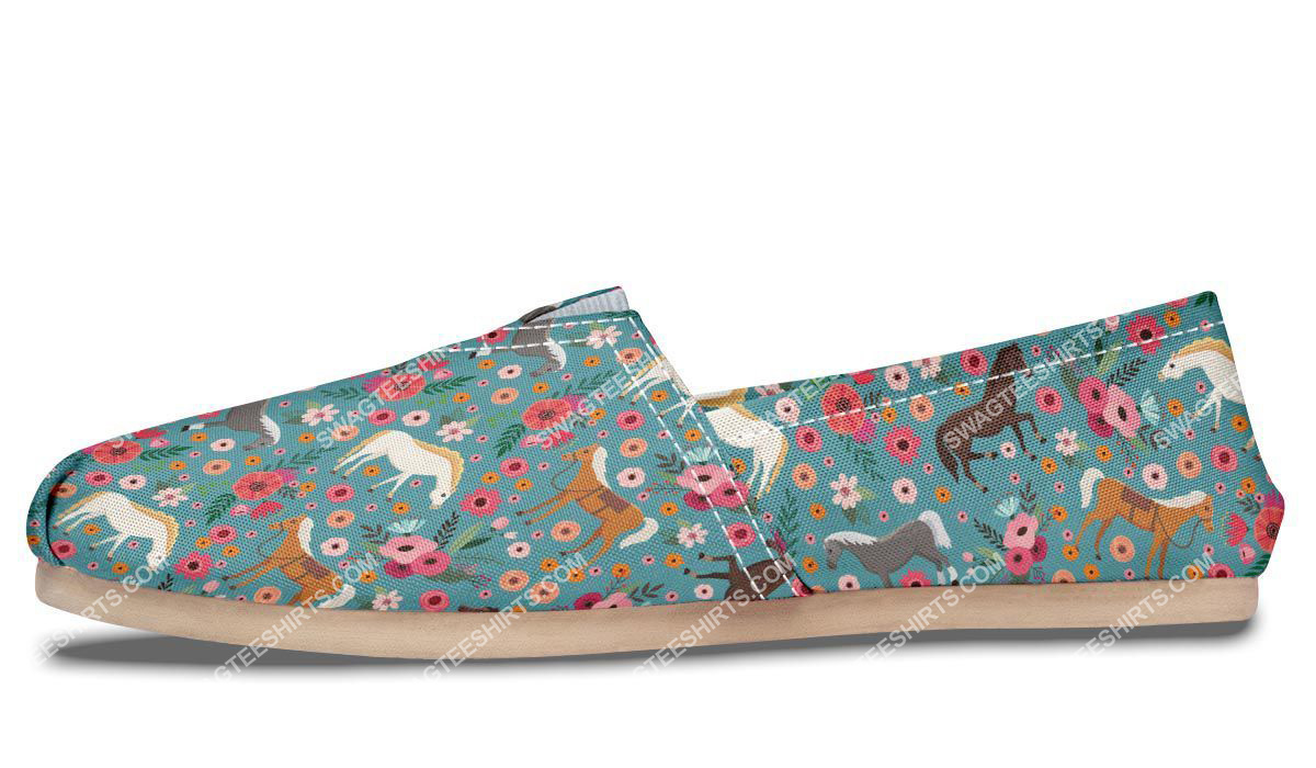 flower and horses lover all over printed toms shoes 4(1)