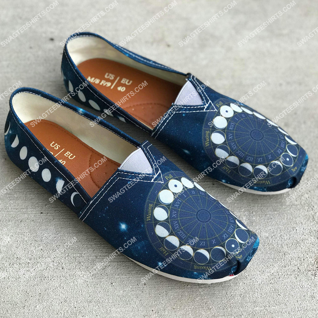 phases of the moon all over printed toms shoes 2(1)