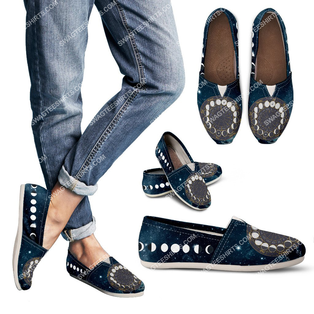 phases of the moon all over printed toms shoes 3(1)