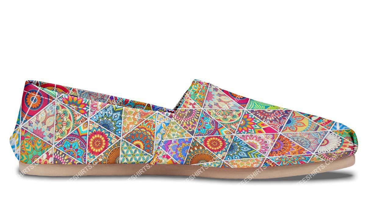 retro bohemian pattern all over printed toms shoes 4(1)