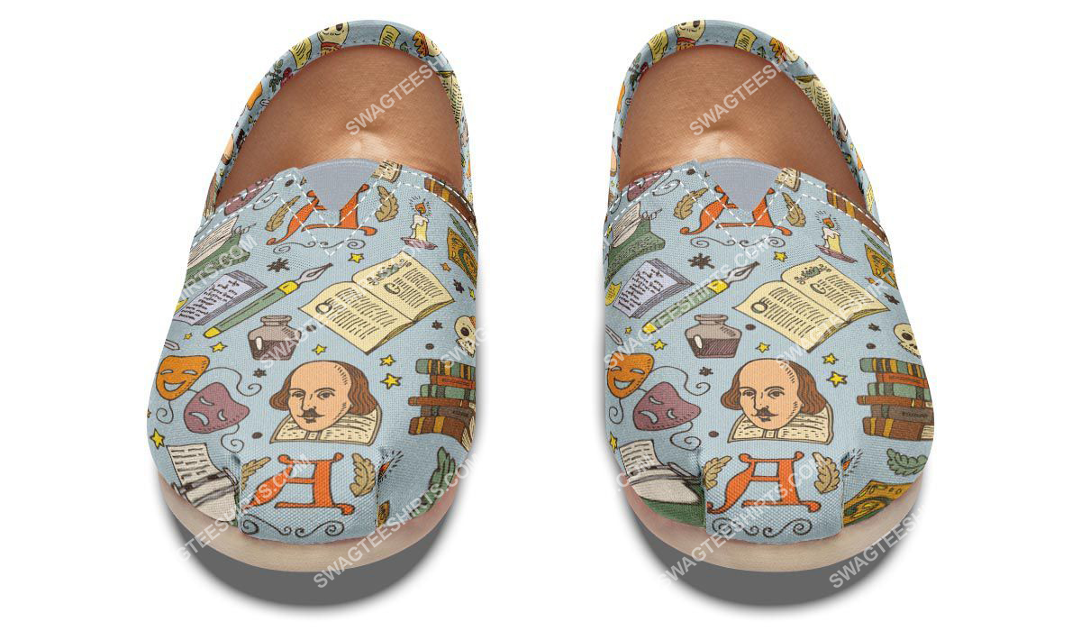 retro literature pattern all over printed toms shoes 2(1)
