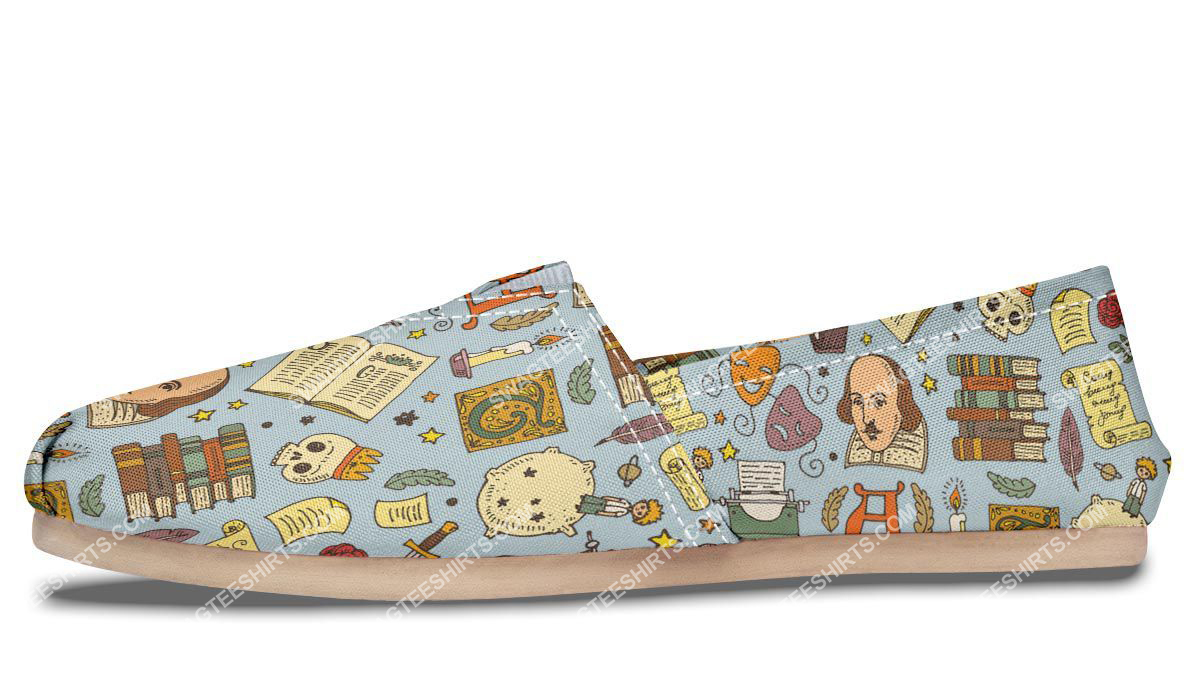 retro literature pattern all over printed toms shoes 4(1)