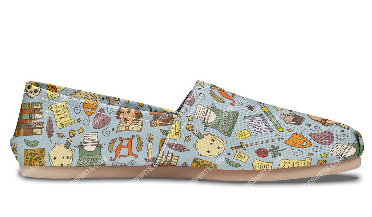 retro literature pattern all over printed toms shoes 5(1)