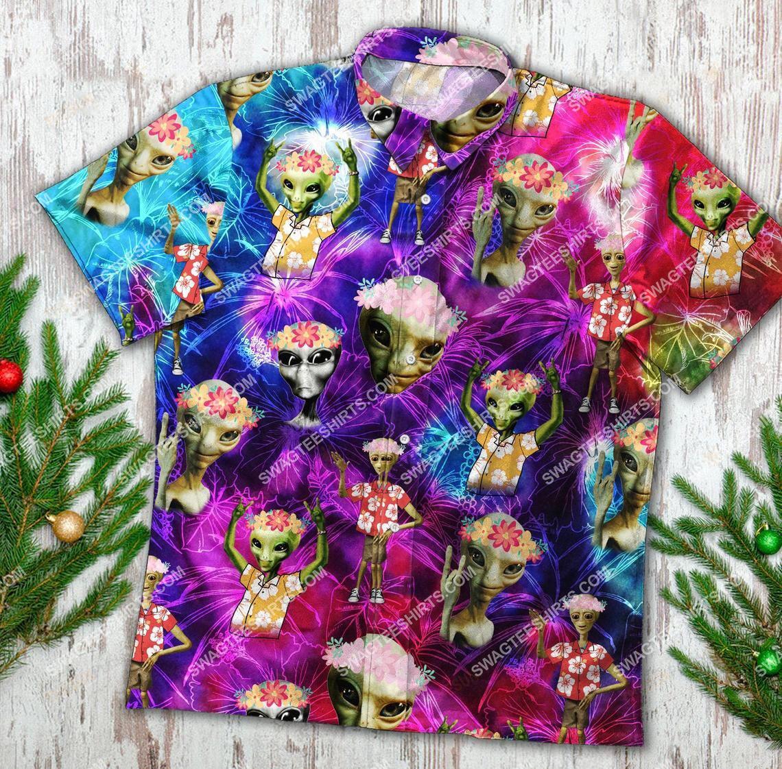 tropical colorful alien all over printed hawaiian shirt 1(1)