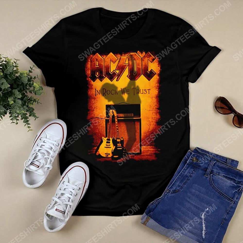 Rock band ac dc in rock we trust shirt 2(1)