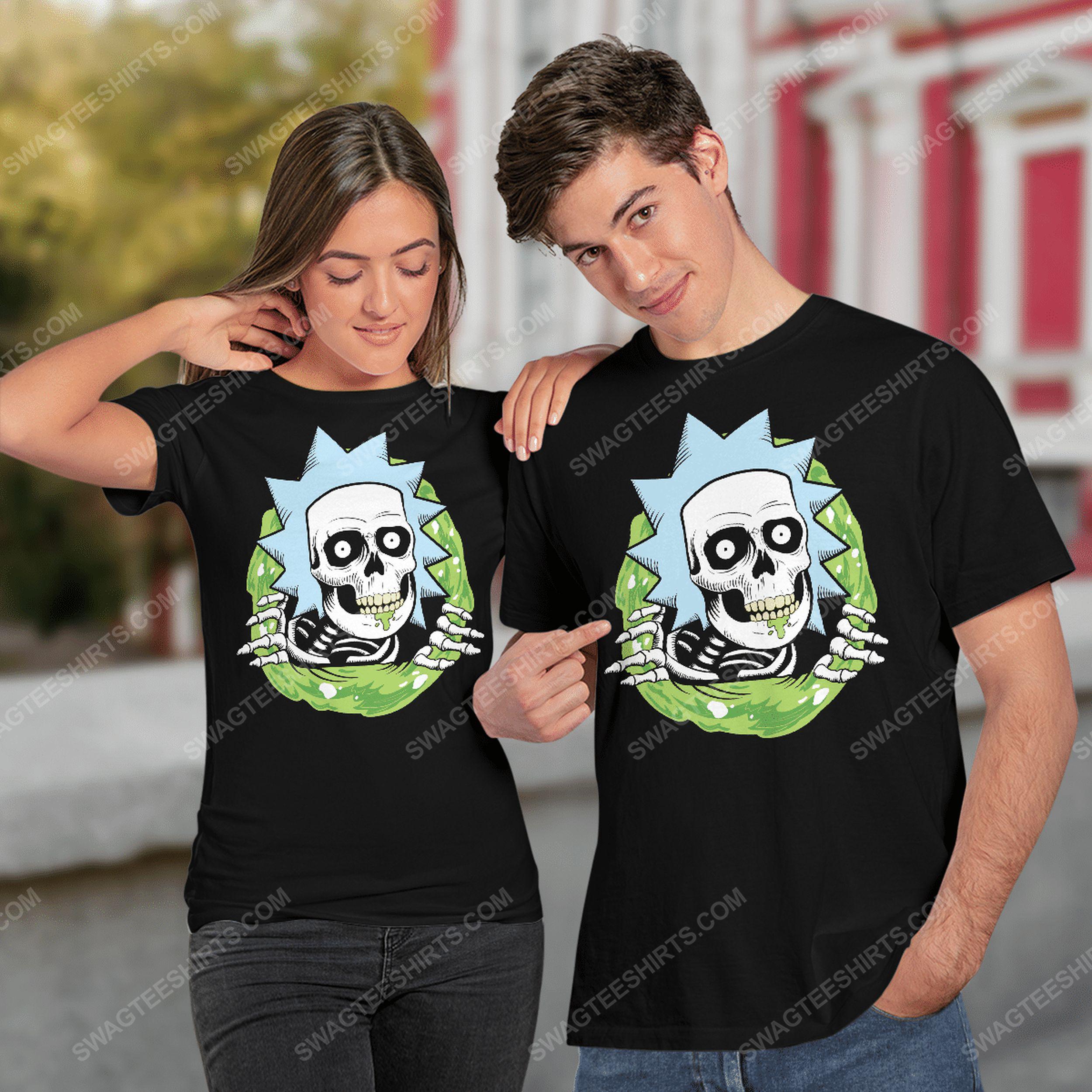 Rick and morty tv show rick sanchez skull halloween tshirt(1)