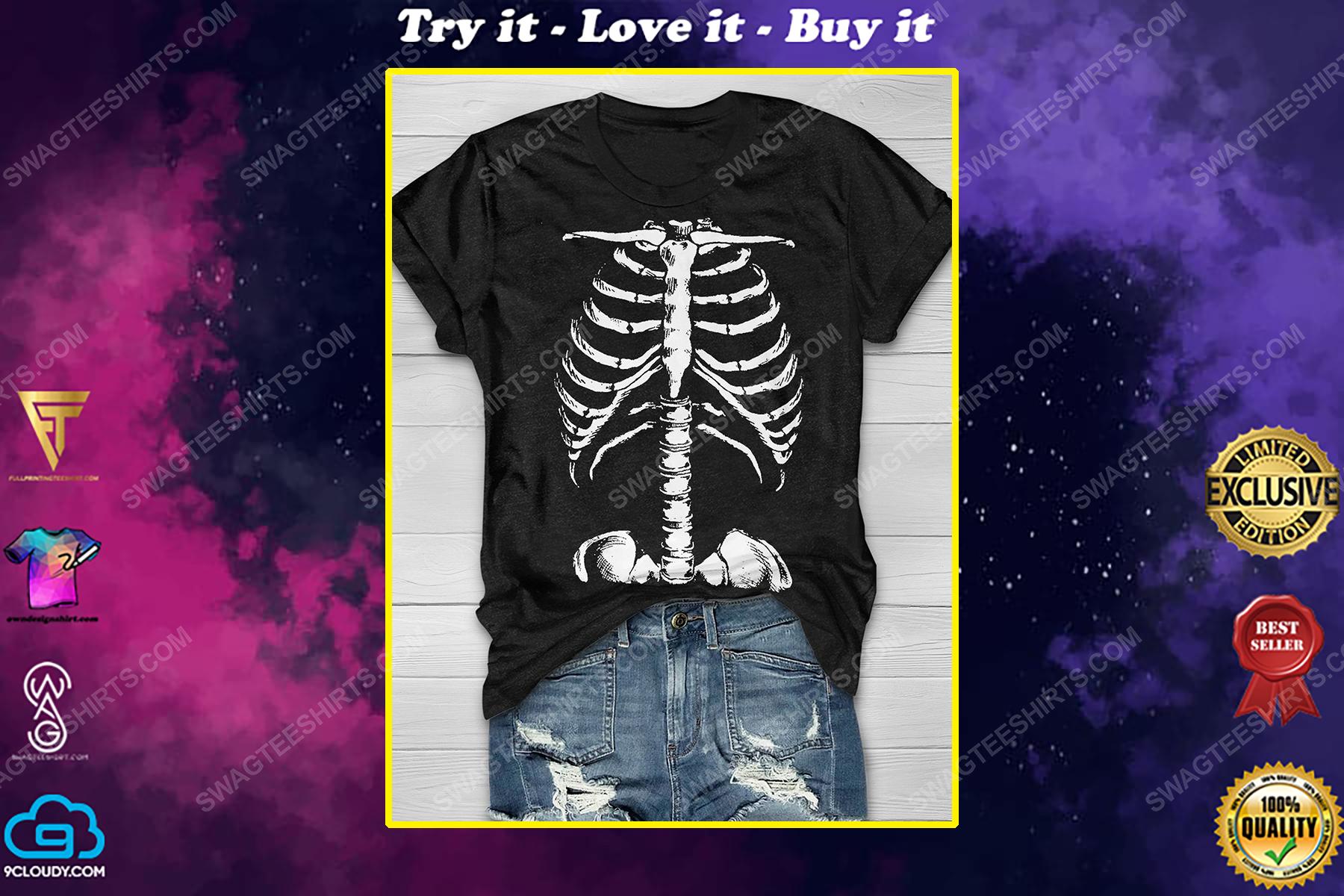 Halloween night and skeleton shirt